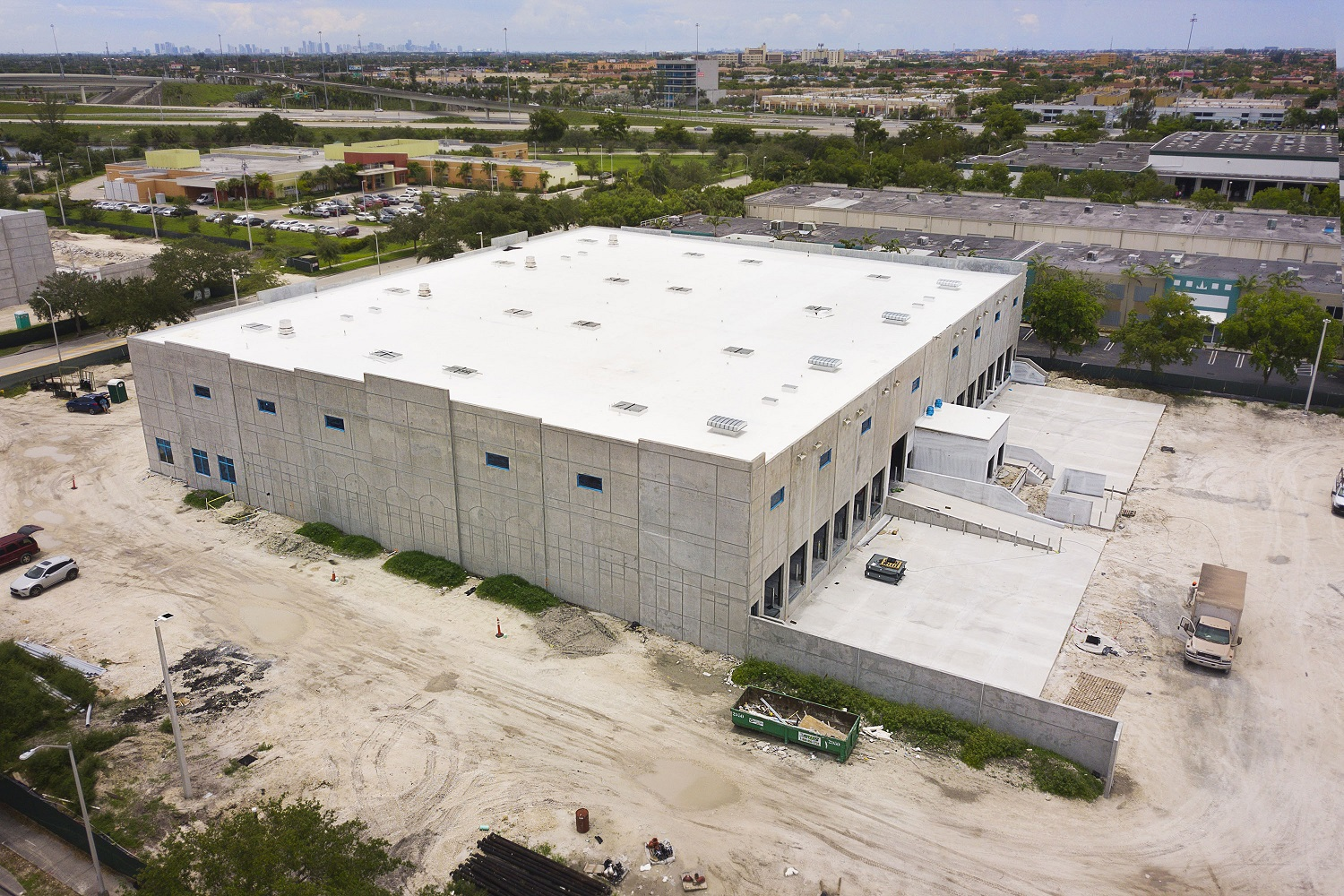 8220 Commerce Way – Tommy Gil_10